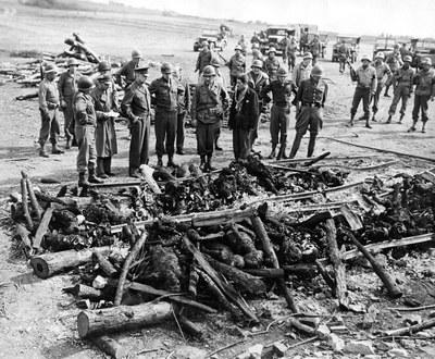 1024px Ohrdruf Corpses Eisenhower